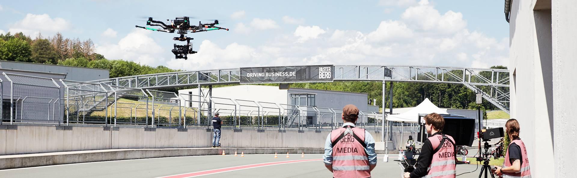 Freefly Alta geflogen von dem aerial Team kopterwork auf der Rennstrecke Bilster Berg.